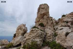 dingli cliffs il fawwara malta cavemane bronzeage storage caves holes il-fawwara tarxien temples complex malta